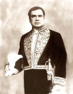 En Europa la Iglesia se organizó secretamente como en los mejores años de la Inquisición, al modo de la CIA. Uno de los blancos fue Rubén Darío.