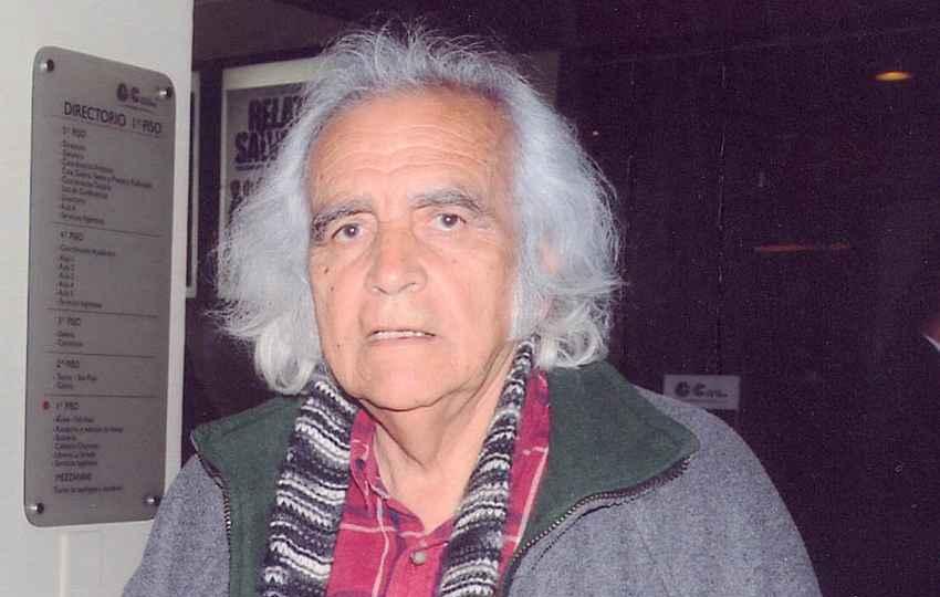 Reconocido poeta peruano Arturo Corcuera fallece a los 81 años