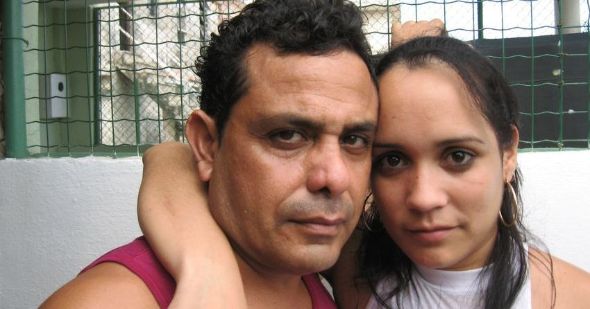 Frank Correa Romero y su esposa, Yunia.