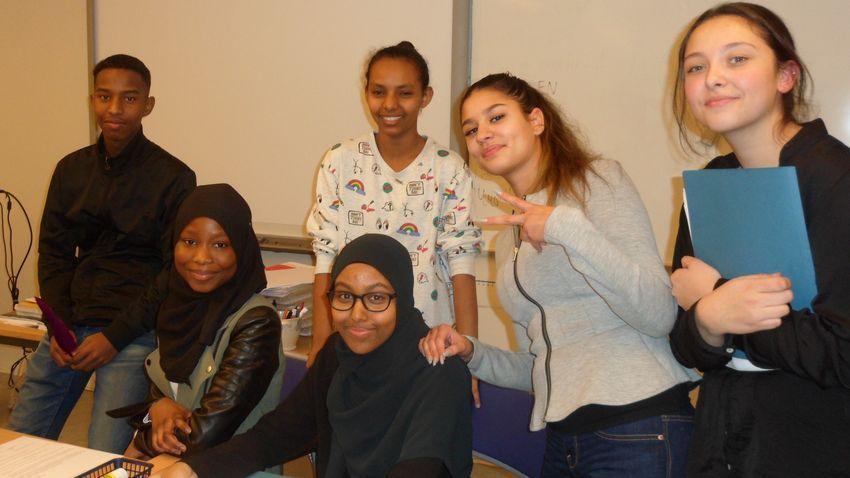 Alumnos del Colegio Multicultural Rinkeby, en Estocolmo, Suecia