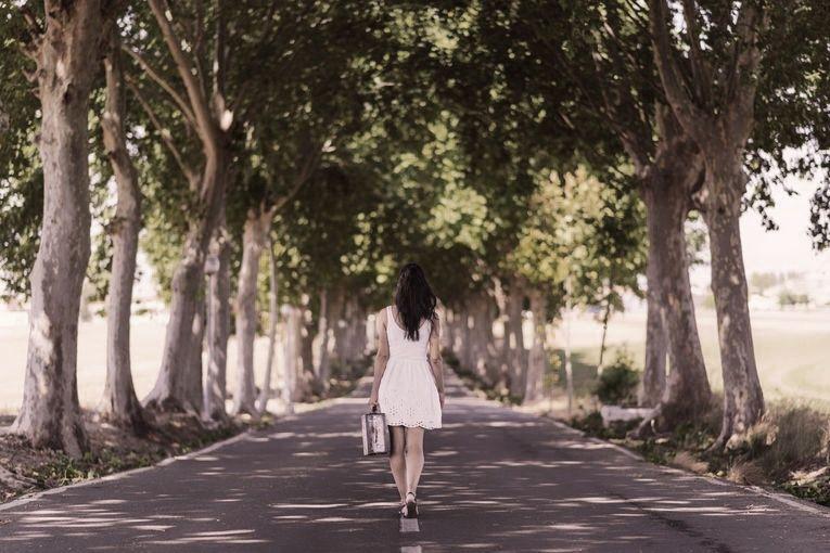 Irene: la ruta del exilio, por Sara Montaño Escobar