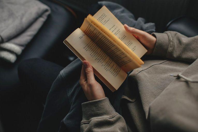 3 razones para leer más en 2019, por Arianne Cuárez