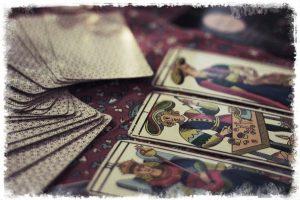 Tarot de los descartados, por Tibisay Vargas Rojas