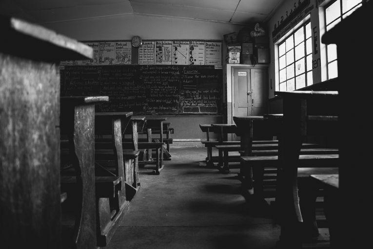 Julia y el fracaso escolar, por Vicente Adelantado Soriano