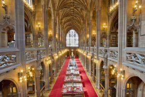 Biblioteca Universitaria John Rylands; Manchester, Reino Unido