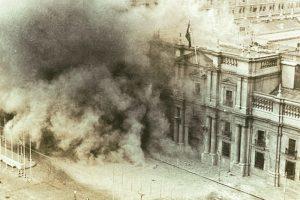 Bombardeo al Palacio de la Moneda, en Santiago de Chile, el 11 de septiembre de 1973