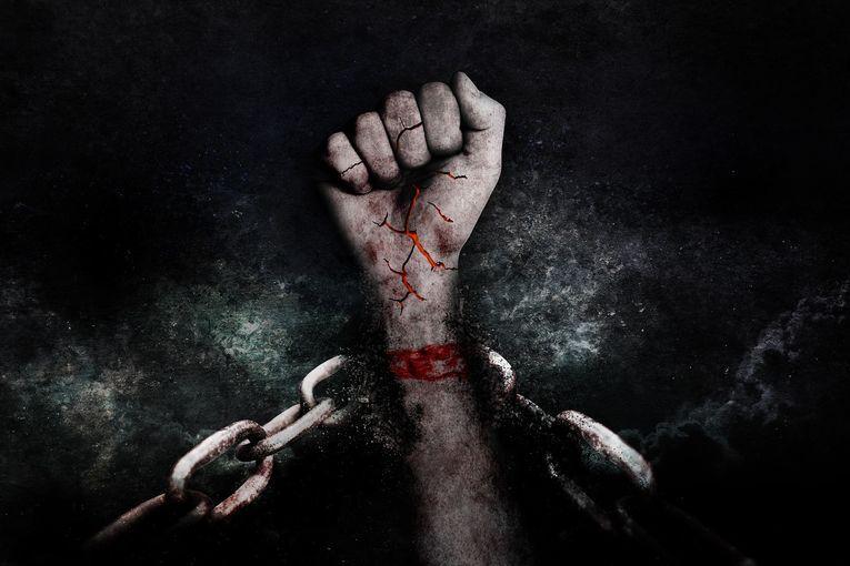 Encadenados, por Vicente Adelantado Soriano