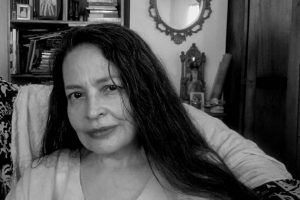 María Antonieta Flores