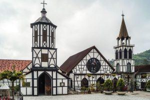 Iglesia de San Martín de Tours, Colonia Tovar, Aragua (Venezuela)